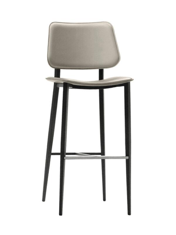 carina stool