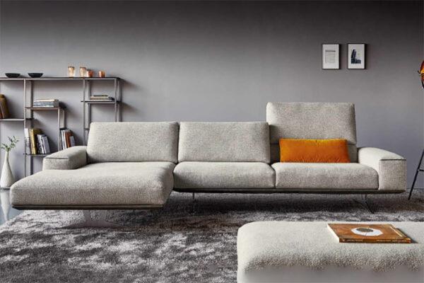 quinn motion sofa