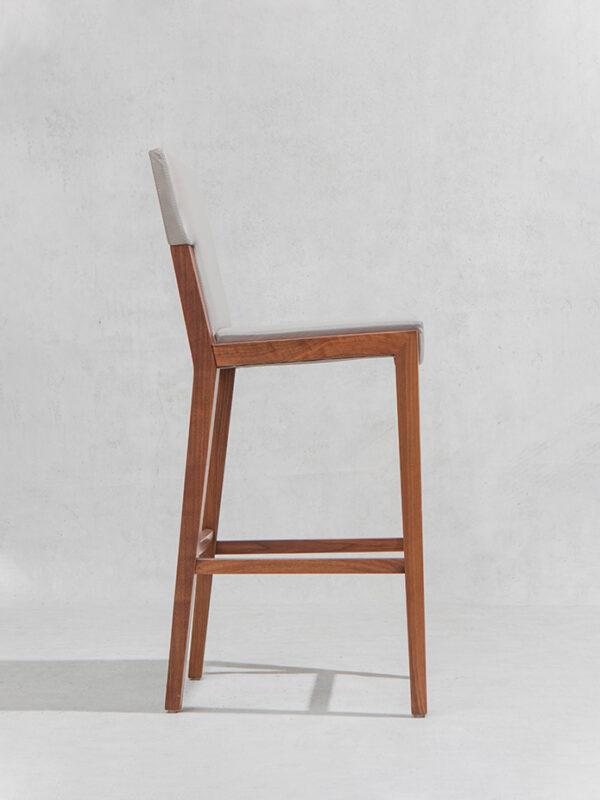 short frame stool