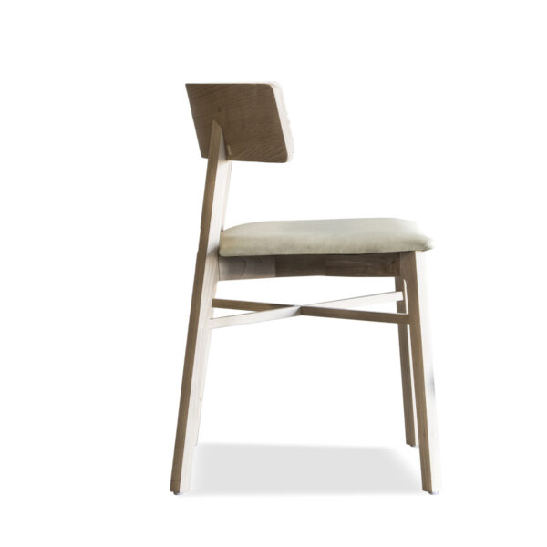 trigon dining chair
