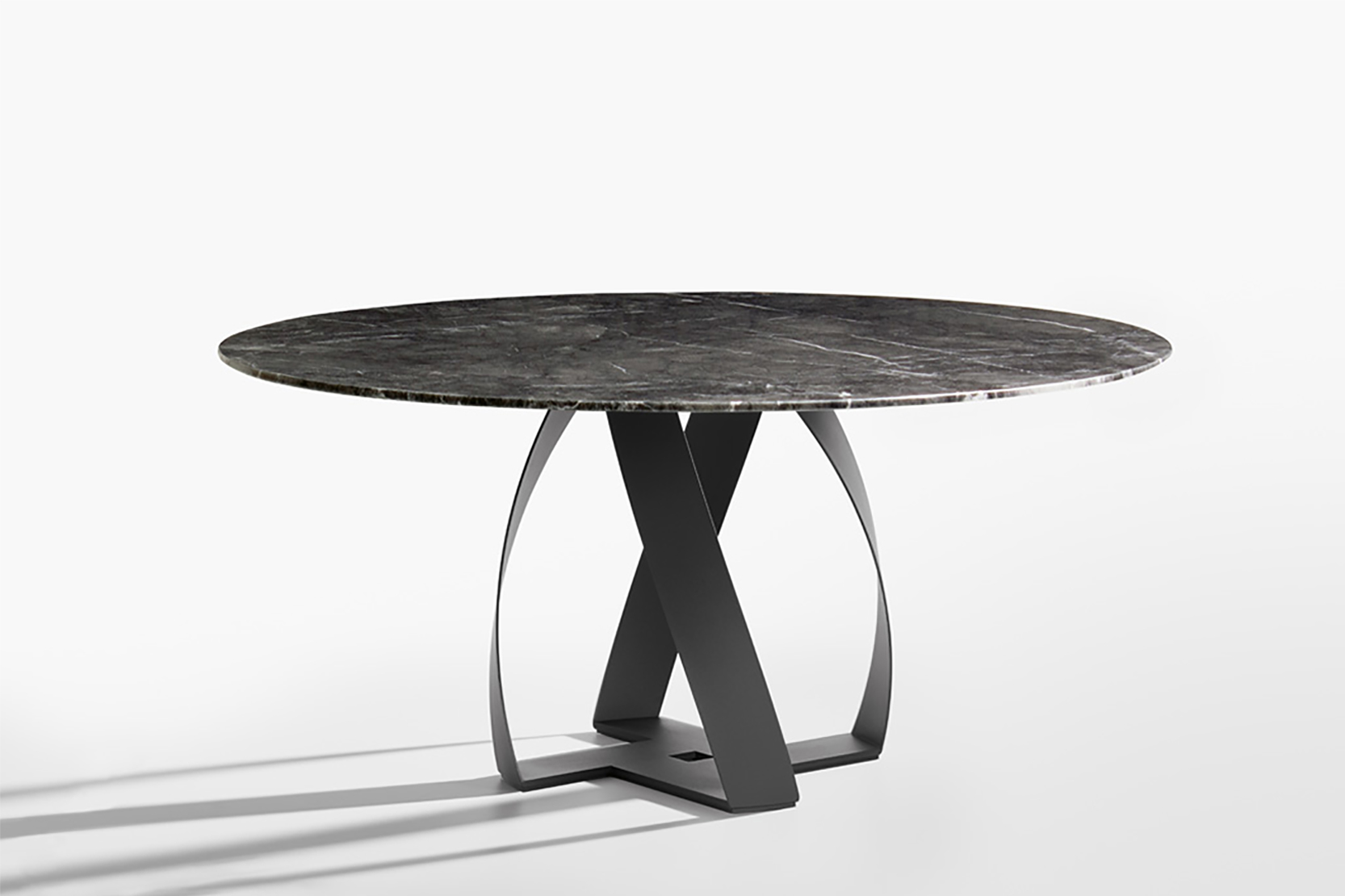 bon bon dining table I